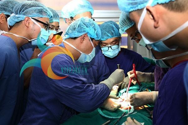 Phẫu thuật điều trị rối loạn cương dương